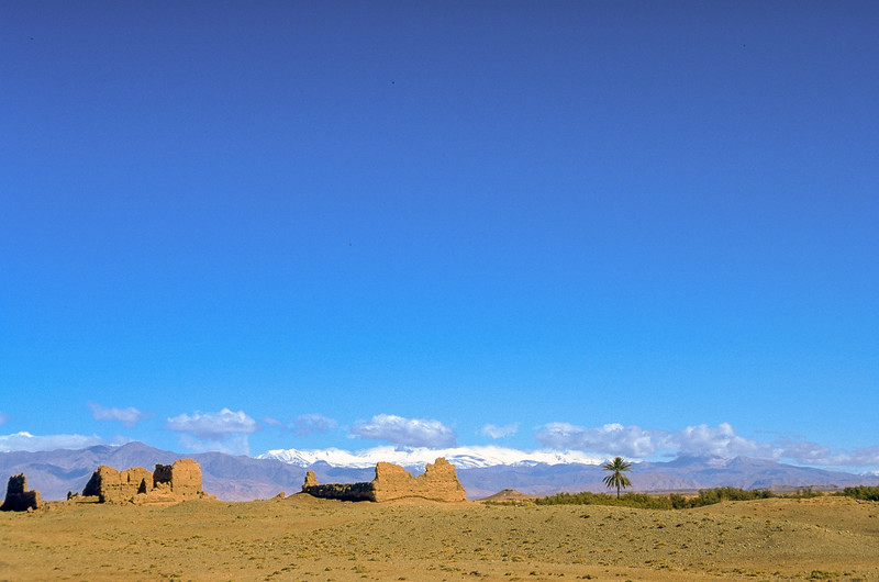 Abandoned villages and Kasbahs indicate poorness and the severe life.