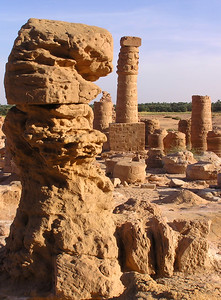 Pillar, Jebel Barkal.  Clearly the sandstone hasn't held up as well as the granite in the previous two photos.