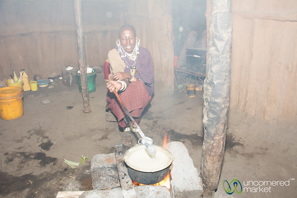 Maasai Hut With Traditional Three-Stone Stove - Tanzania