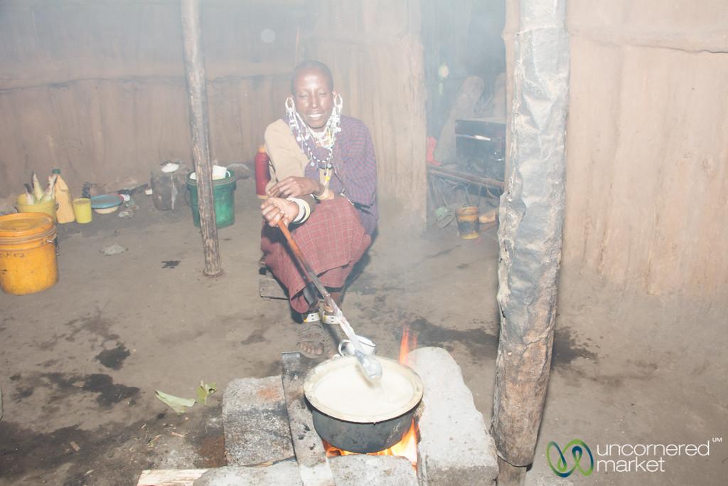 Maasai Hut With Traditional Three-Stone Stove - Tanzania