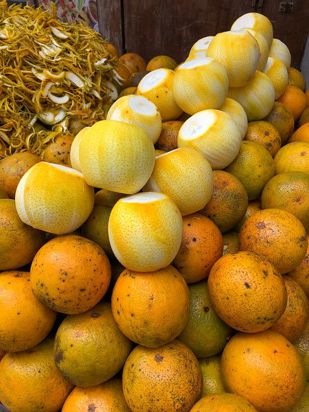 Oranges in Stone Town