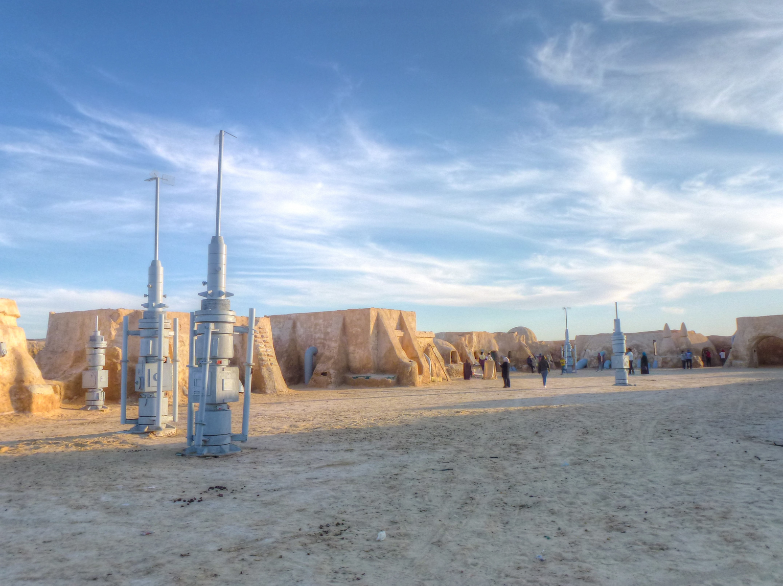 a photo essay of mos espa the vanishing star wars sets in the mos espa star wars