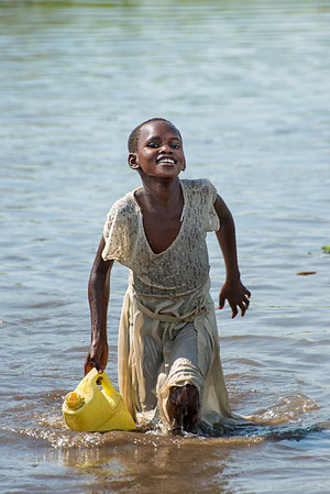Gathering water, Lake Kyoga, Kamuli district, Uganda