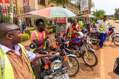 Motorrad-Taxi-Stand, Entebbe, Uganda