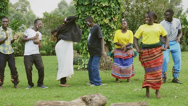 Tanz, Kluges Guest Farm Performance, Uganda