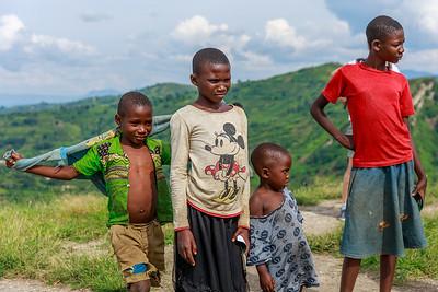 Kinder in Kichwemba, Uganda
