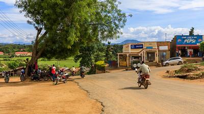 Kreuzung in Kihihi, Uganda