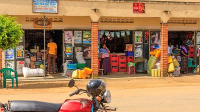 Einkaufsstraße in Kihihi, Uganda