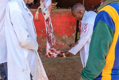 At the butchers - Bei den Metzgern von Nombi, Uganda