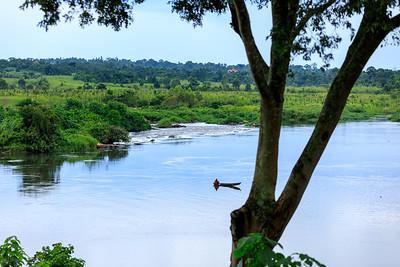 Fisherman, Busowoko Falls, Victoria Nile, Uganda
