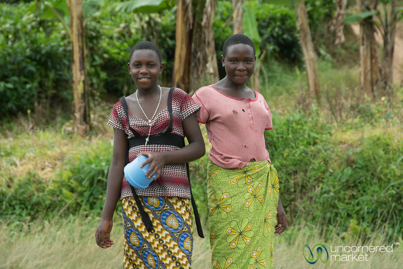 Friendly Women on the Road Near Kalinzu Forest Reserve - Western Uganda