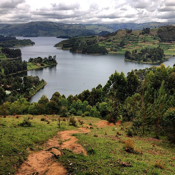 An early afternoon hike from the water's edge to the Lake Bunyonyi overlook, where a fresh crayfish curry and a cold beer await. Unexpected Uganda. via Instagram http://ift.tt/1j0EF5l