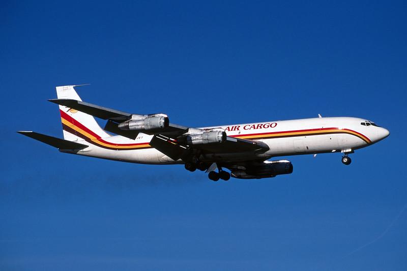 """5X-JET Boeing 707-351C """"DAS Air Cargo"""" c/n 19411 Rotterdam/EHRD/RTM 31-01-98 (35mm slide)"""