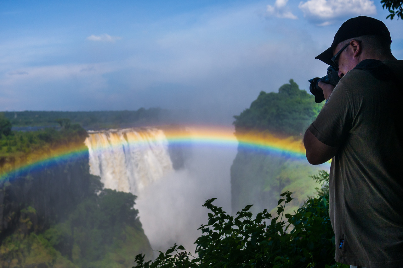 Gary Arndt from Everything Everywhere photographs the falls