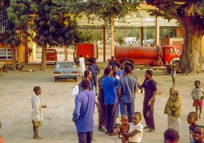 Where can You get lots of fresh water for ous several day supply? At the firebrigade headquarters.