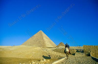 pyramid,piramide,Giza,Gizeh,Gisa,Egypt,Egypte