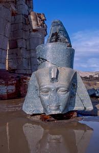 Luxor,Ramaseum,King Ramses II,koning,roi