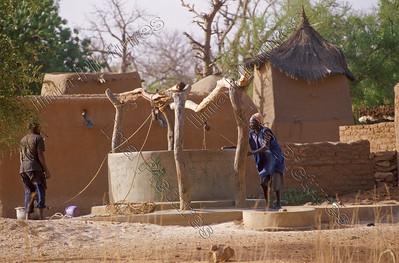 Teli,Dogon,village,dorp,village,well,put,puits