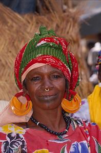 Djenné,Peul tribe,woman,vrouw,femme