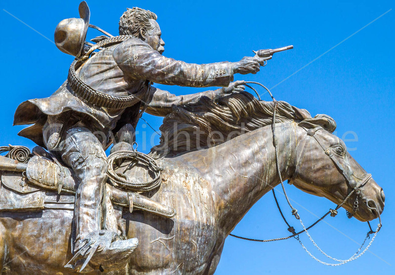 Panch Villa statue - Palomas, Mexico - 72 ppi