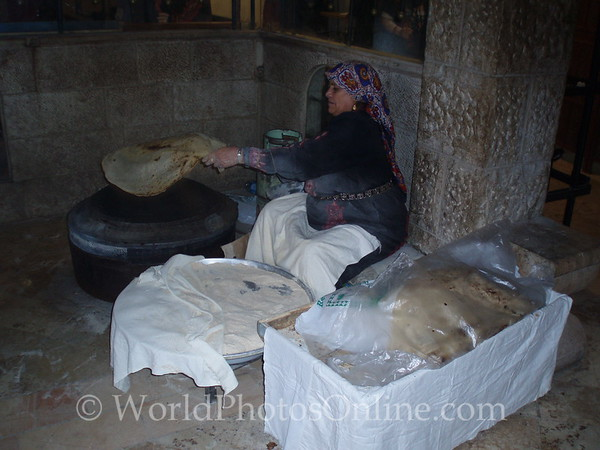 Amman - Bedouin woman baking bread