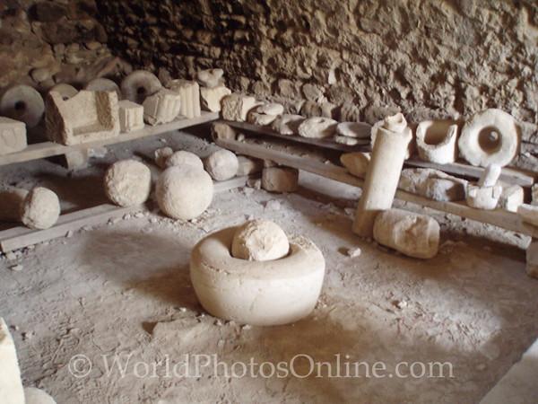 Shobak Castle - Artifacts in Catacombs