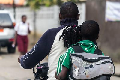 Enfants motards