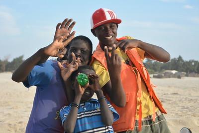 Jeunes sur une plage