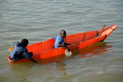 Jeunes piroguiers sénégalais