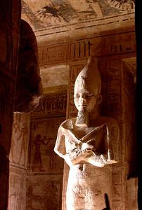 Ramsesstatue i Ramses' tempel (Foto: Ståle)