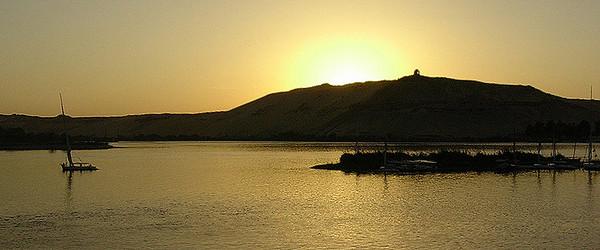 Solnedgang over Nilen ---------------------------- Nile sunset (Foto: Ståle)