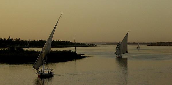 Solnedgang over Nilen ---------------------------- Sunset on the Nile (Foto: Ståle)