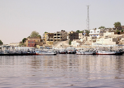 Aswan New Port ved Lake Nasser ----------------------------------------- Aswan New Port, Lake Nasser (Foto: Ståle)