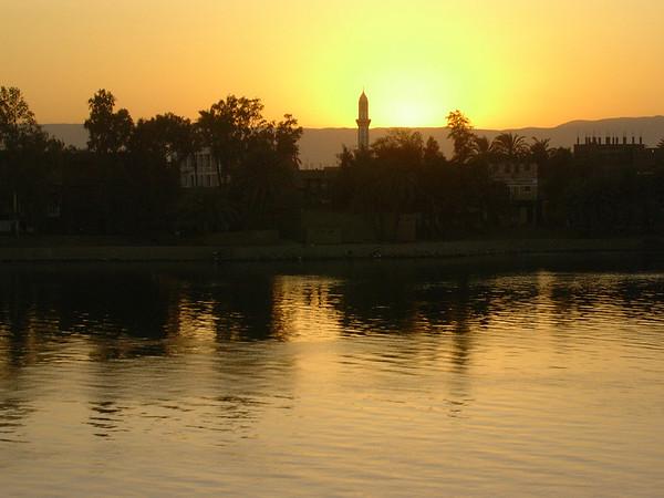 Luxor minaret i solnedgang (Foto: Ståle)