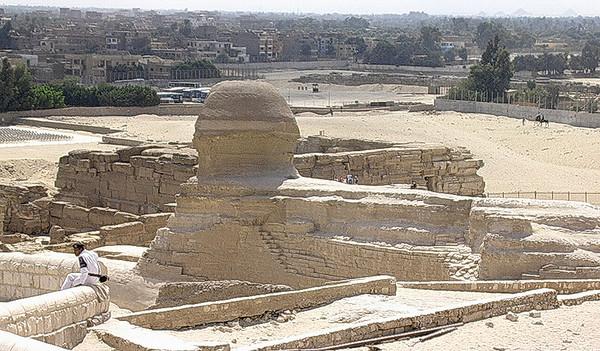 Sfinxen foran Giza by (Foto: Ståle)