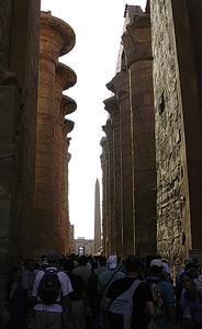 Store forgård i Karnak tempelkompleks  (Foto: Ståle)