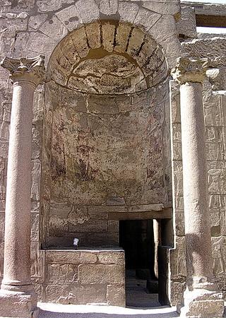 Amun Res helligdom i Luxortemplet (Foto: Ståle)