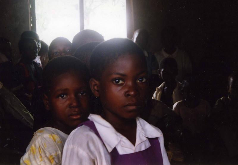 Beautiful young pupils at a local primary school, Ikwo, Enugu State. --- Vakre unge elever fra en barneskole i Ikwo, Enugu state. (Foto: Geir)
