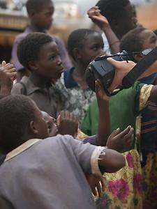 The Camera is always an ice breaker. Makumba Village, Kalomo District, Zambia. (Foto: Geir)