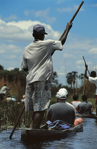 Mokoro, le véhicule du delta d'Okavango
