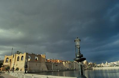 Tripoli - Bâtiments du musée et médina - طرابلس