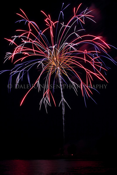 Fireworks display Lake Erie Metro Park 7/2/2010