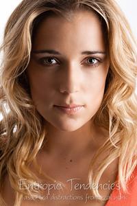 Mariana Holloway