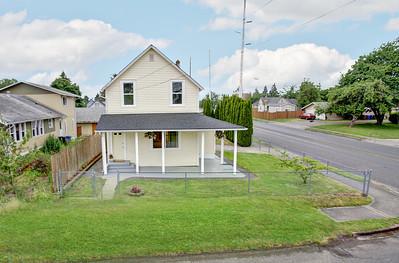 8402 Tacoma Ave S, Tacoma