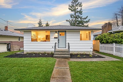 8847 16th Ave SW, Seattle