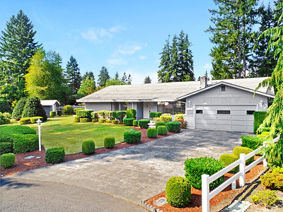 11001 126th Street Ct E, Puyallup