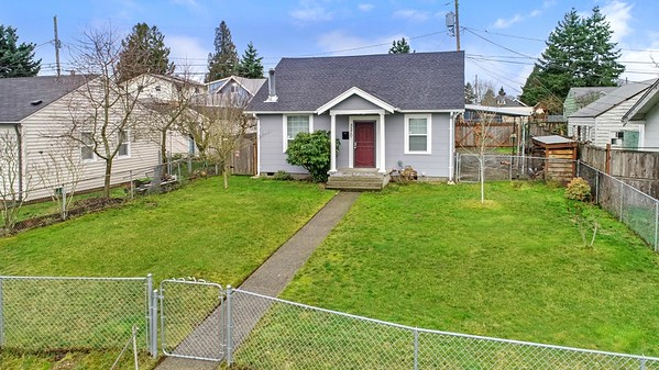 3570 E L St, Tacoma