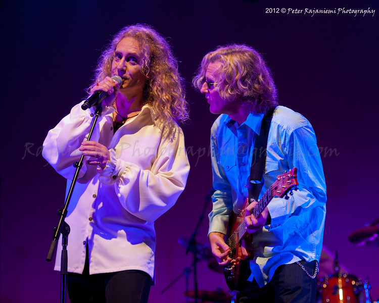 Nad Sylvan and Roine Stolt