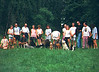 Interclub Heule - Zomer 1995: v.l.nr. Sabine met Falco, Suzy met Robbe, Jim met Rybac, Jos met Tessa & Pitta, Yvonne, Marleen met Bo en ?, Patsy met Darco, Rudy met Chico, Stanny met Sofie en Tosca, Ine , Pierre met Norta, Marc met Bietel, Frank met Douschka, Veronique met Nelson<br /> Vooraan: Rik