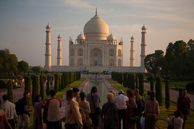 The most famous icon of India, the Taj Mahal needs no introduction. A UNESCO world heritage site, it is an architectural marvel. Intricate carvings, studded with gems are exquisitely coupled with symmetry in design.